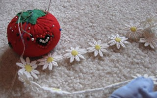 sewing daisies with maddy