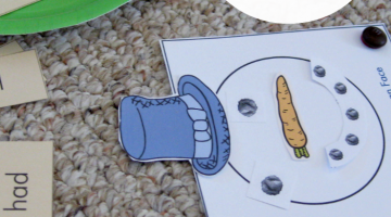 early literacy game for kids: read a word, build a snowman