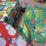 quick trick: fun with bows and gift wrap