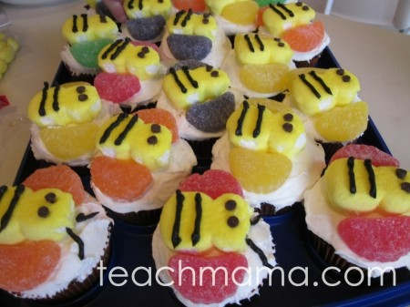 how to make bumblebee cupcakes | teachmama.com