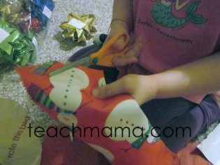 making the most of holiday clean-up, gift wrap bow fun