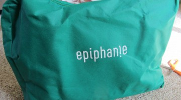 my absolute favorite laptop bag ever: epiphanie bag (with giveaway)