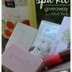 mother's day giveaway: $100 at-home spa kit (& win 20 more gifts for Mom!)