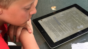 support for struggling readers: immersion reading