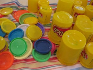 Clean the play-doh ... & quick trick: how to use recyclables with kids-get fun crafty ...