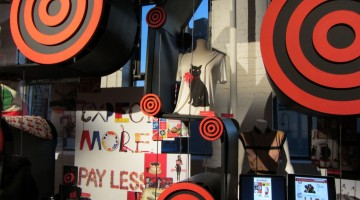 target inner circle: holiday. families. giving.