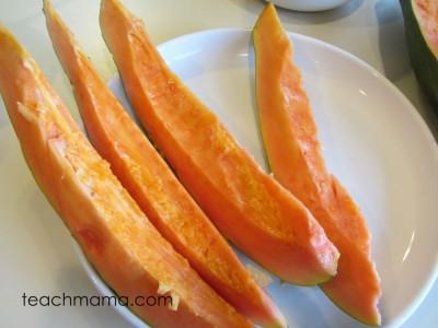 papaya new for us fruit slices