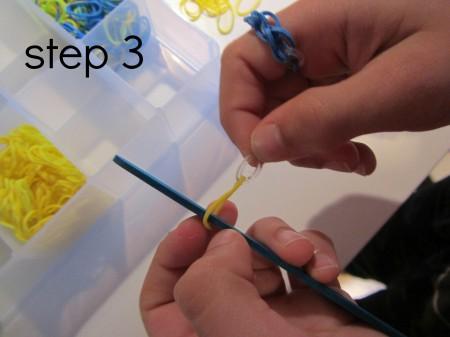 rainbow loom bracelets without the loom step 3