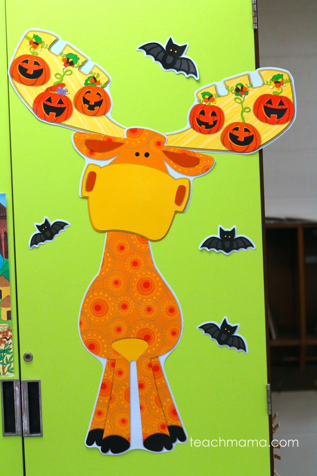 fall classroom decor- quick and easy for teachers and parents
