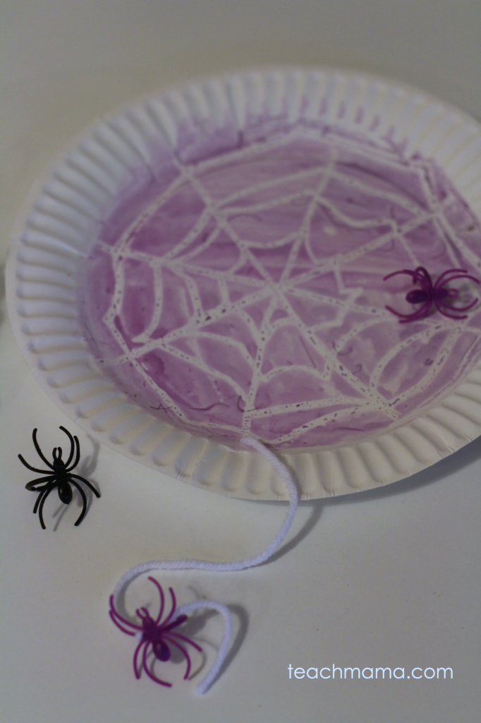 simple spider web craft perfect for Halloween class party 2